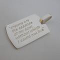 C 49 pendente con incisione personalizzabile